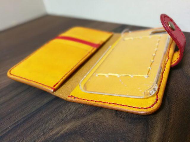 レザークラフトで作ったiPhoneケース2