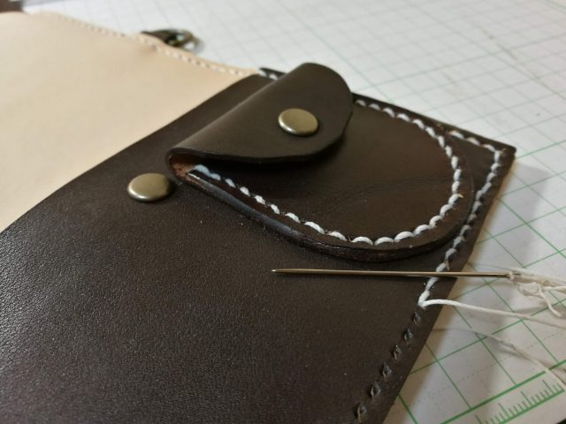 革の縫い付け