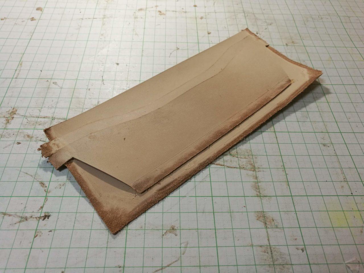 カードケース部分の革