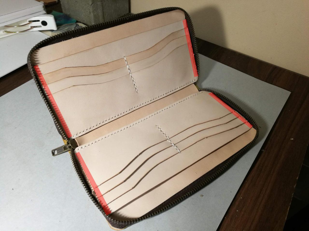 レザークラフトでラウンドファスナー型長財布を作る