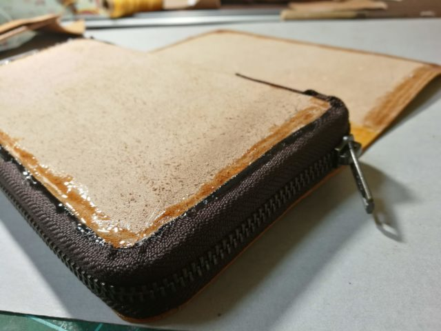 ラウンド型長財布の作り方