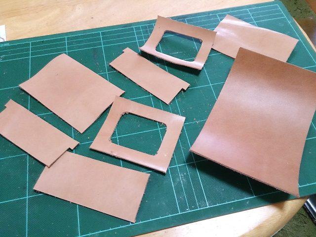 手作りカードケース付きパスケースの革