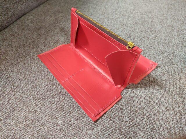 ラウンド型長財布の内装