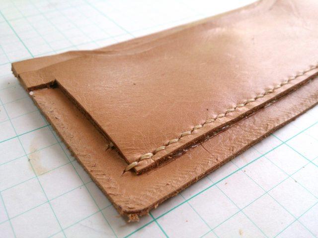 2つ折りロングウォレットのコインケース