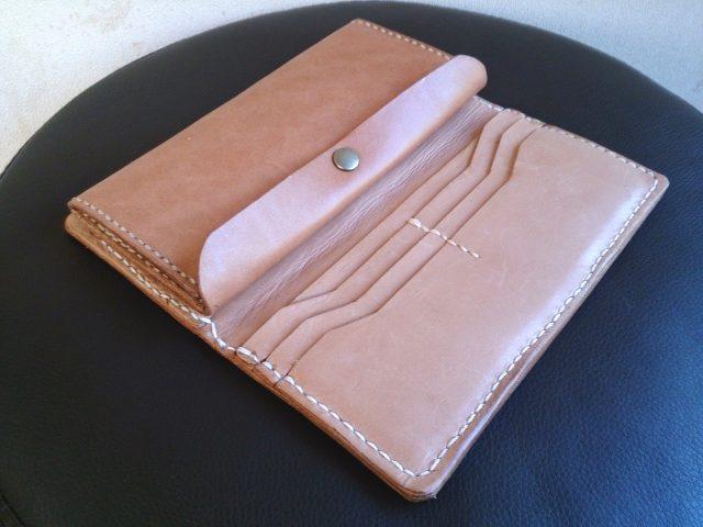 手作り革財布の手縫い