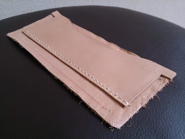 カードケース段の縫い付け